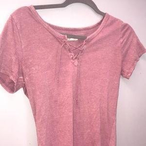 Pink hollister t-shirt!